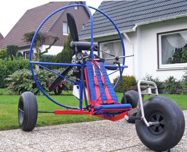 Triostar Motorschirm und Drachen - Trike mit Viertakt-Antrieb, ParaZoom Antrieb Motorschirmtrike